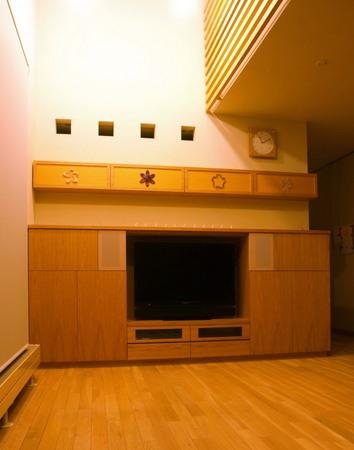 ナラ突き板のTV収納、DVD棚とアートマグネットー2.jpg