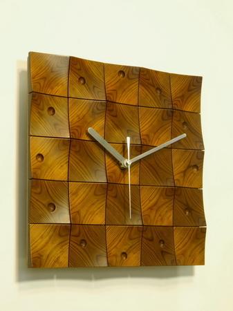 001、木の壁掛け時計「頂」1−1.jpg