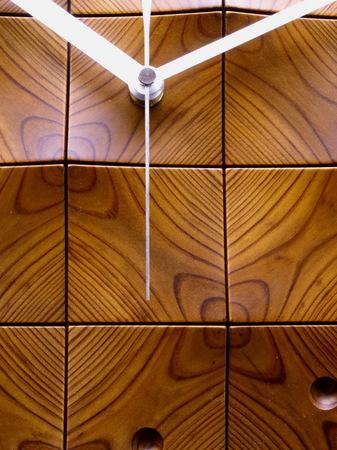 004、木の壁掛け時計「頂」1−4.jpg