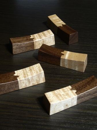 004、木の箸置き.jpg
