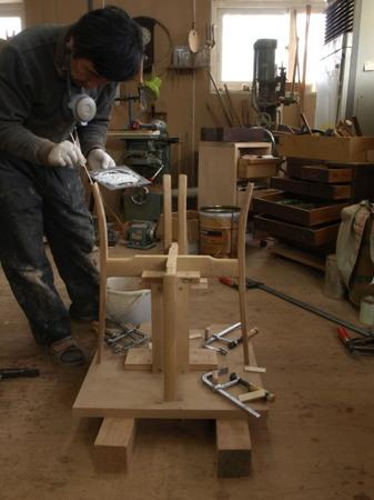 021、椅子の組み立て.jpg