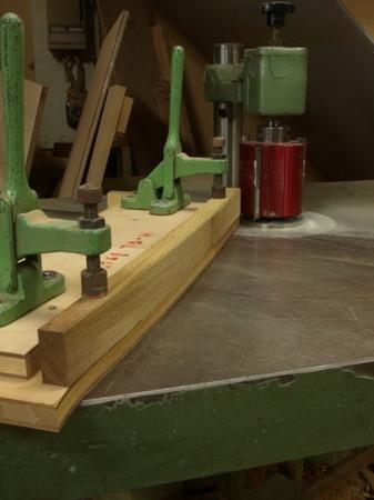 木工家、国本貴文、ダイニングチェアーの製作工程、前足ー03.jpg