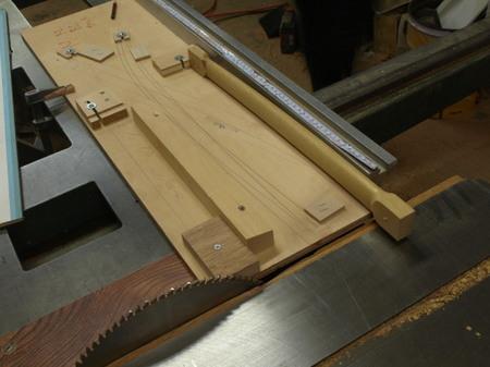 木工家、国本貴文、ダイニングチェアーの製作工程、前足ー10.jpg