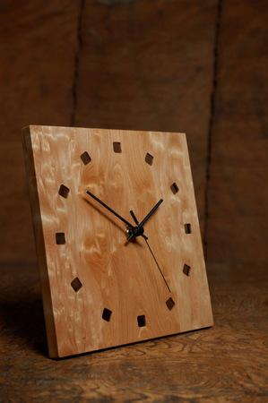 007−1、カツラ玉杢の時計.jpg