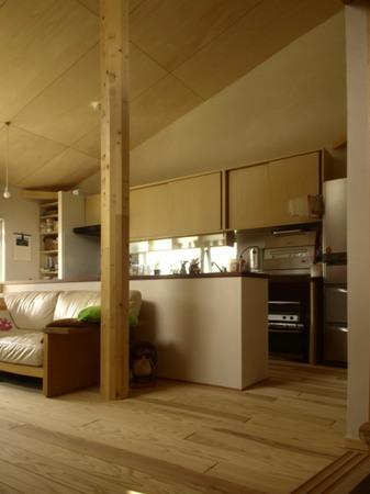 008、造り付けの特注家具.jpg