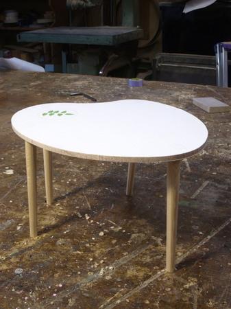 009、テーブルの模型2.jpg