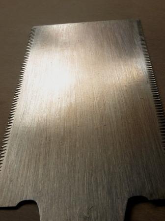 014、伝統の鋸のセン目.jpg