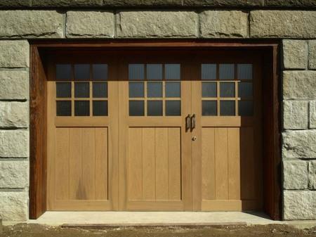 016、木のガレージ戸.jpg