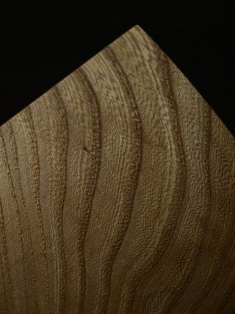 019、木の一輪挿しTriad、ニレ材.jpg