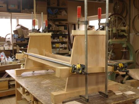022、特注ソファの製作工程.jpg