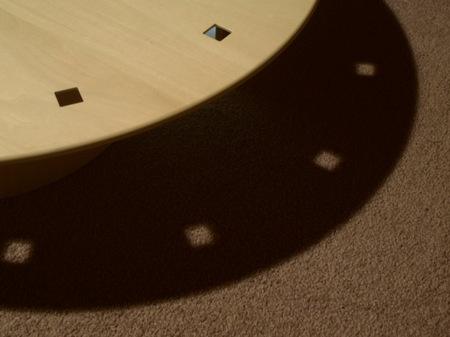 034、角穴の光と影.jpg