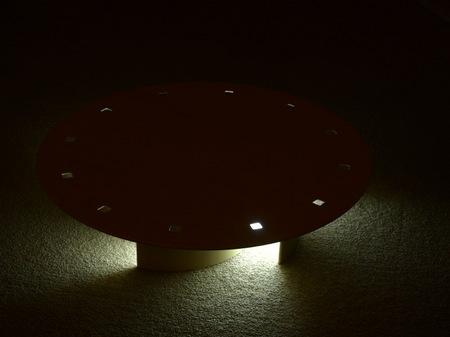 036、ちゃぶ台に\と照明効果.jpg